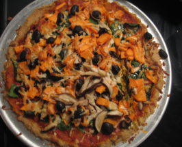 A Seriously Delicious Gluten-Free, Yeast-Free Quinoa Pizza