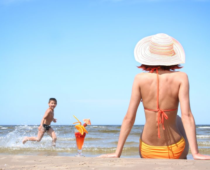 Reader Questions: Dr. Alkaitis On Summer Skin