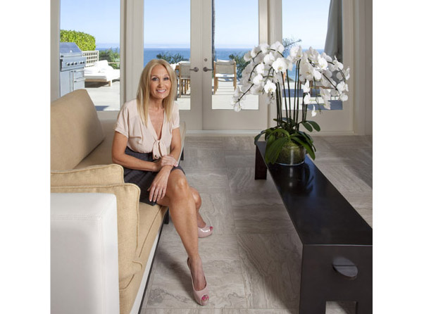 One-Day Closet Transformation with the Beverly Hills Organizer