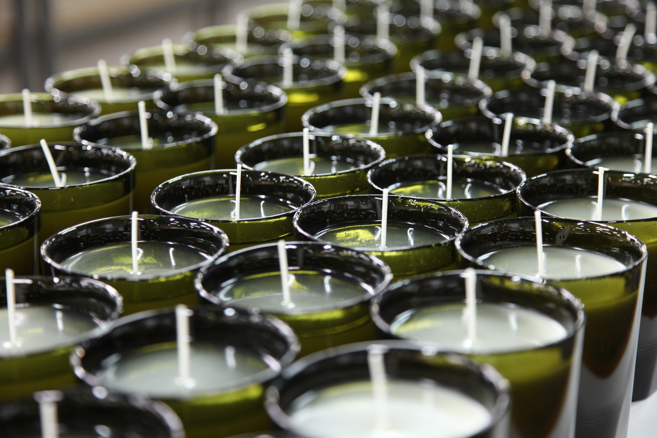 Craftsmanship Spotlight: The Legendary Candles of Cire Trudon