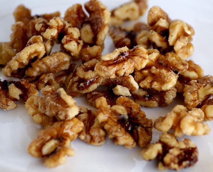 Superfood Spotlight: Walnuts