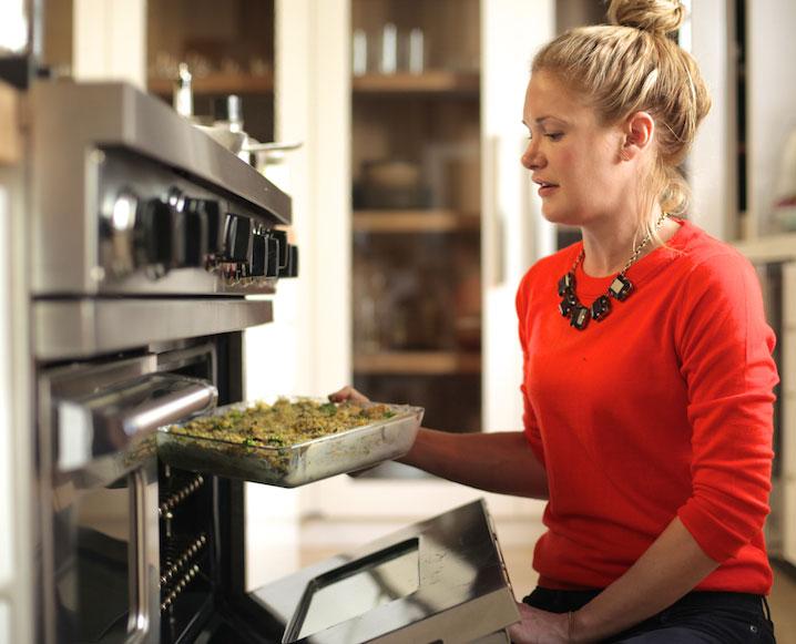 Watch This:Vegan Gluten-Free Cornbread Stuffing From Annie Campbell