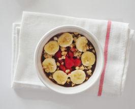 3 Crave-Worthy Versions of Our Favorite Acai Bowls