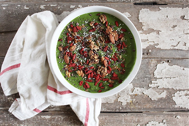 Shed the Holidays: Stripped Green Smoothie Recipe