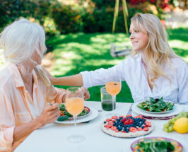 Healthy Summer Entertaining: How To Throw A Vegan Dinner Party
