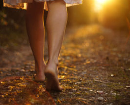 Simplest Health Tip Ever: The Practice of Grounding Your Feet Each Day