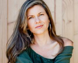 Medium shot of Dr. Sara Gottfried on blurred background