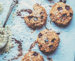 Almond Butter Cookies rawsome superfoods