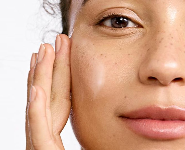 7 Common Moisturizing Mistakes That Could Actually Age Your Skin