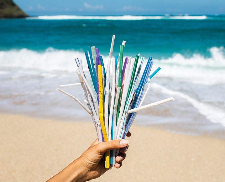 What The World's Leading Diving Org Is Doing About Plastics In the Ocean