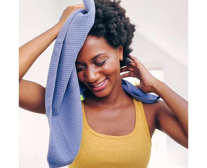 aquis hair towel wet hair damage