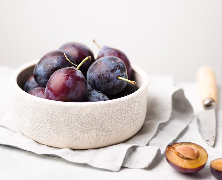 leaky gut syndrome fruit in bowl