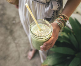 food sensitivites girl with smoothie