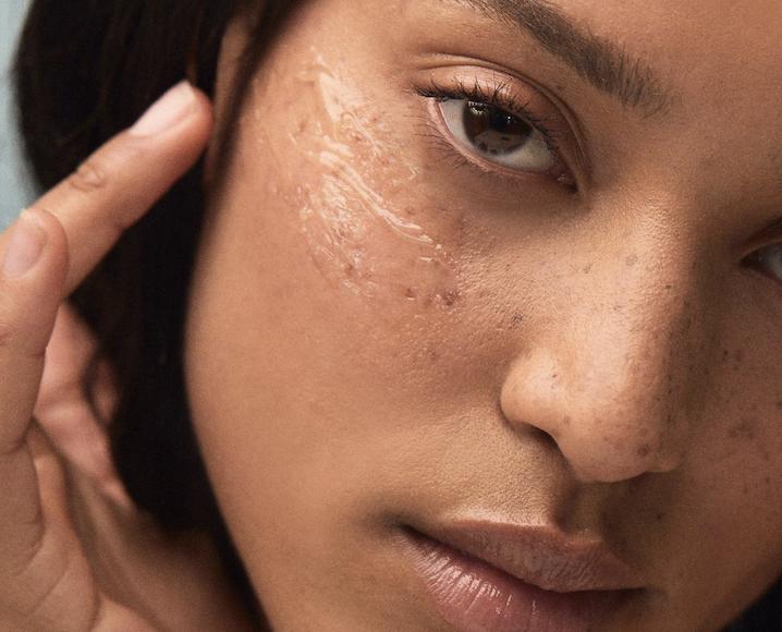detox mode cleanser on skin