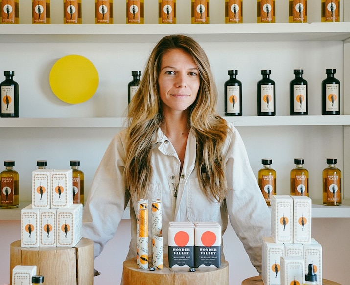 Olive Oil + Outdoor Showers: In Joshua Tree with Alison Carroll of Wonder Valley