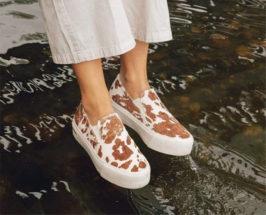 seavees sneakers on girls feet